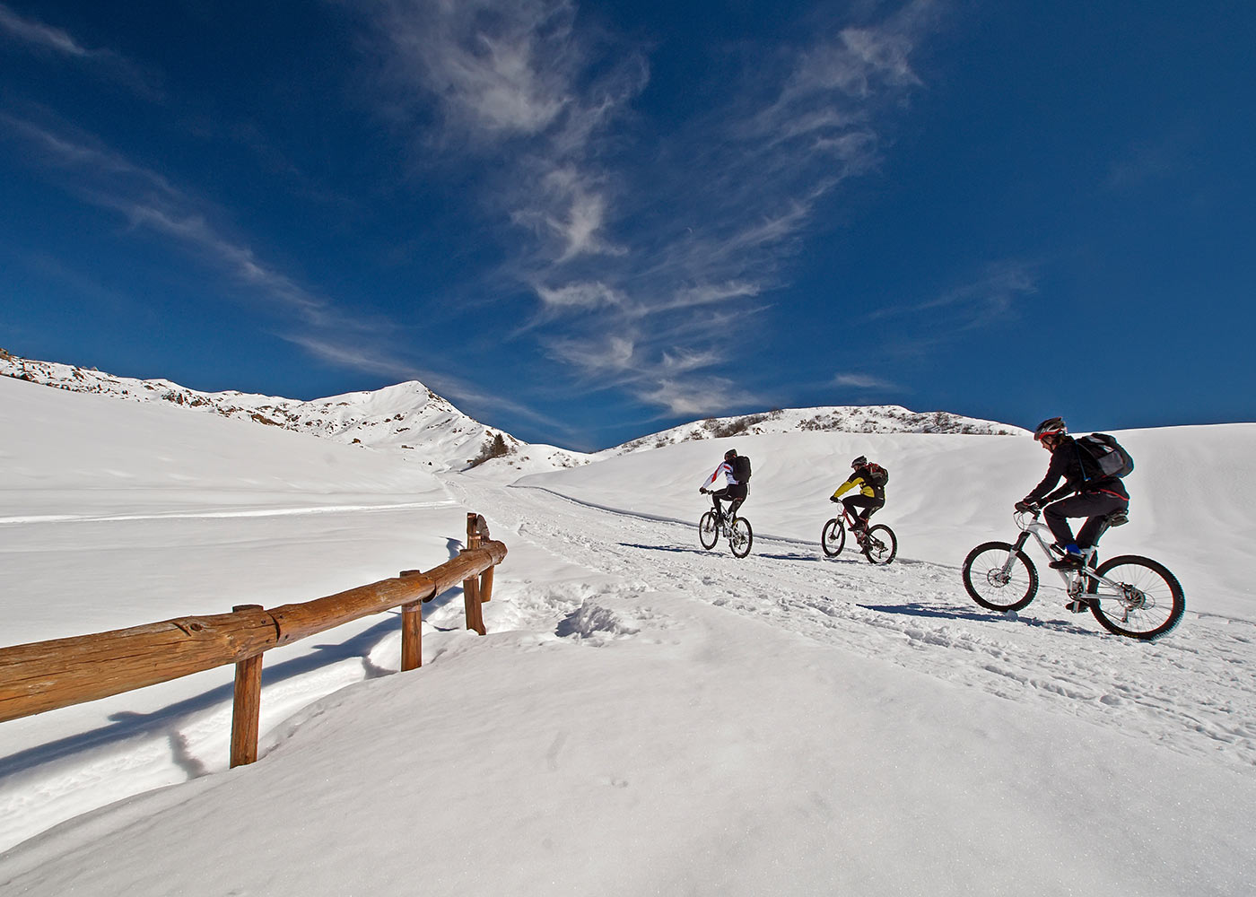 On bike in Snow Recommended itineraries