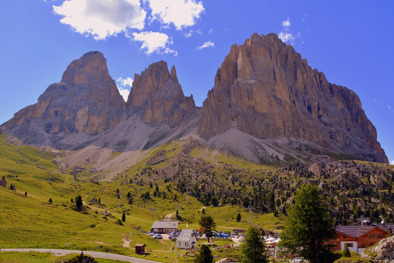 What to see in the Dolomites on bike