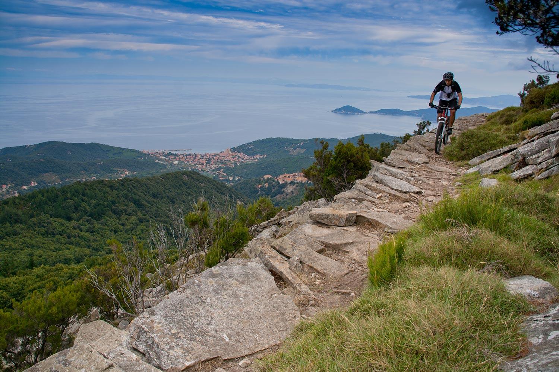 itinerari in bici sull'Isola d'Elba